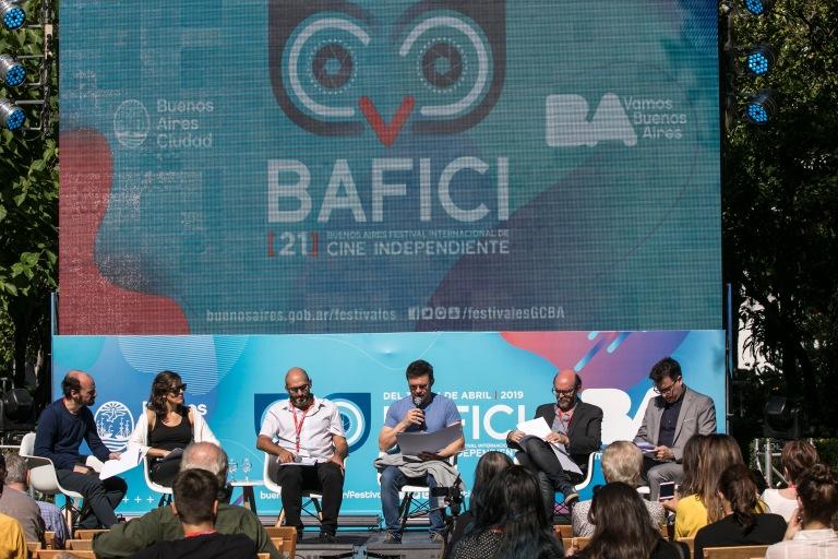 Álvaro Arroba, Magdalena Arau, Agustín Masaedo, Javier Porta Fouz, David Obarrio y Juan Manuel Domínguez .jpg